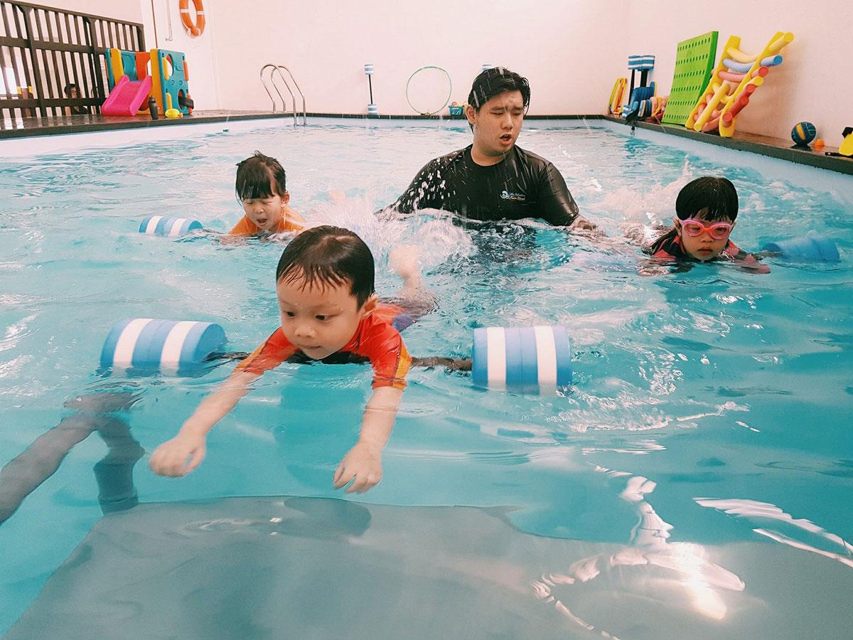 Little Splashes Aquatics - Kids Swimming Lesson